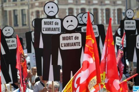 Manifestation des victimes de l_amiante _ Douai _ _16_